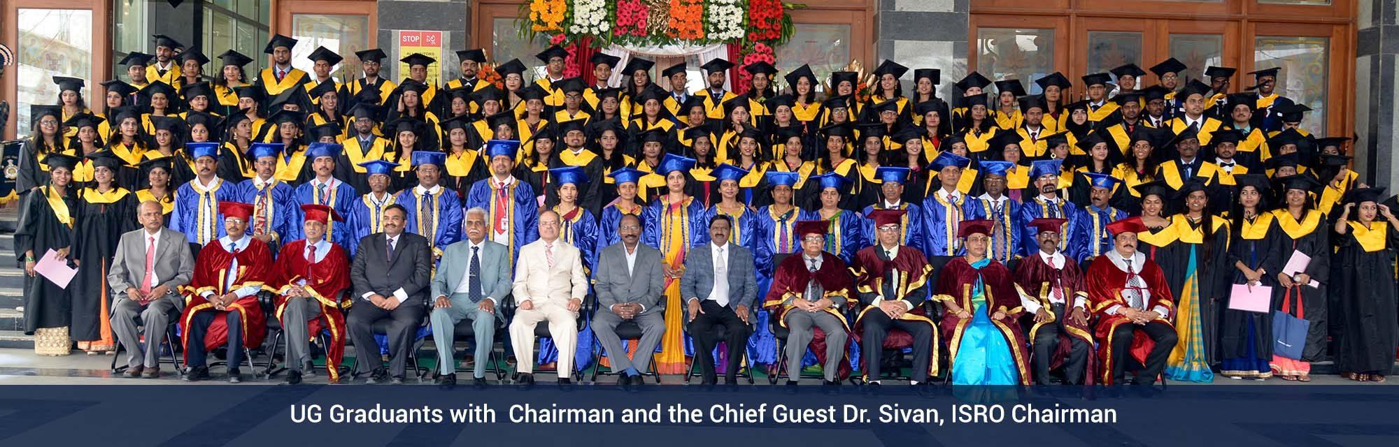 UG-Graduants-with-isro-chairman-1